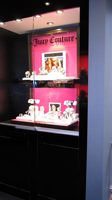 Creative Watch Showroom 19